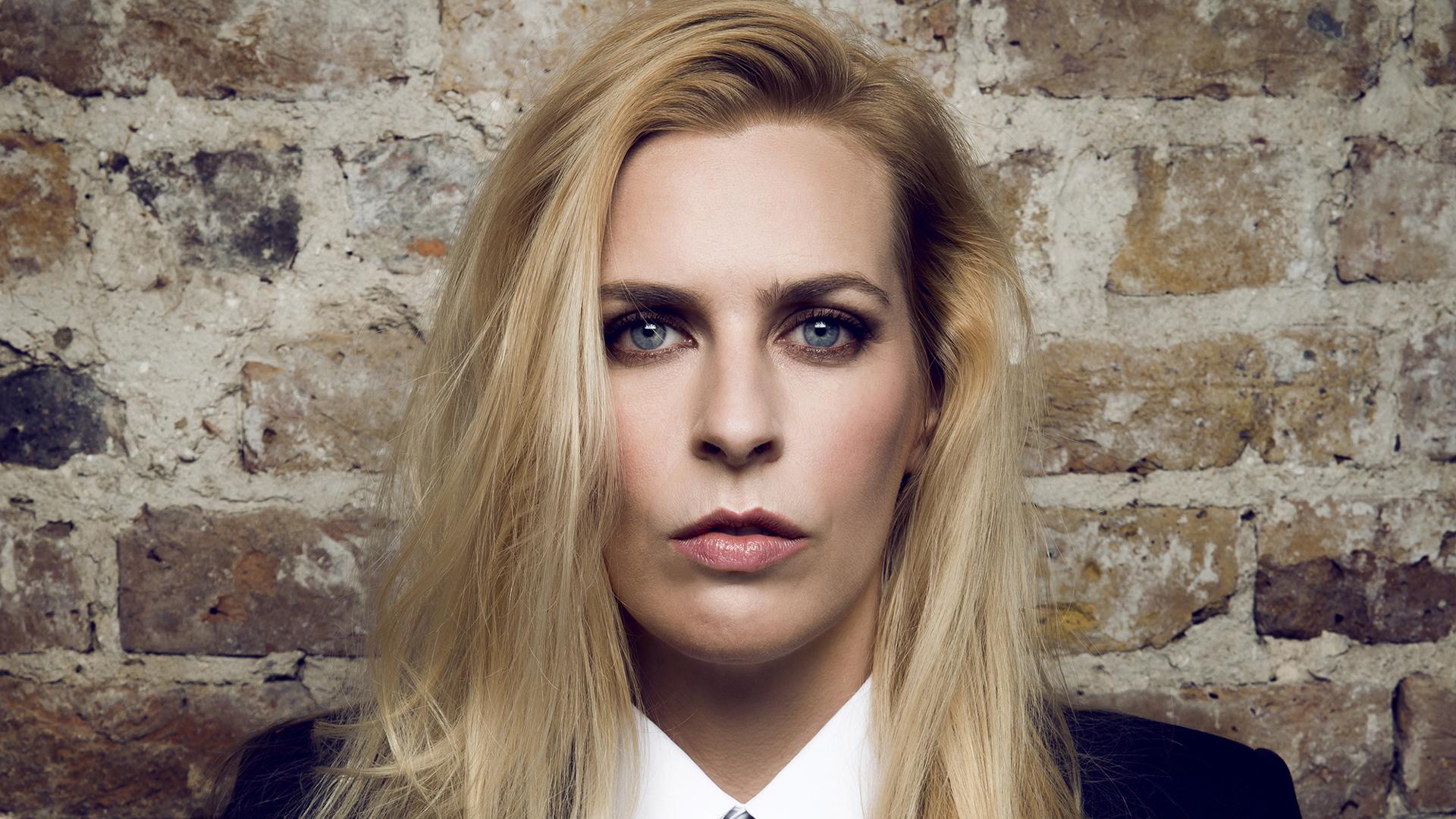 Sara Pascoe Leeds Comedy Festivalleeds Comedy Festival